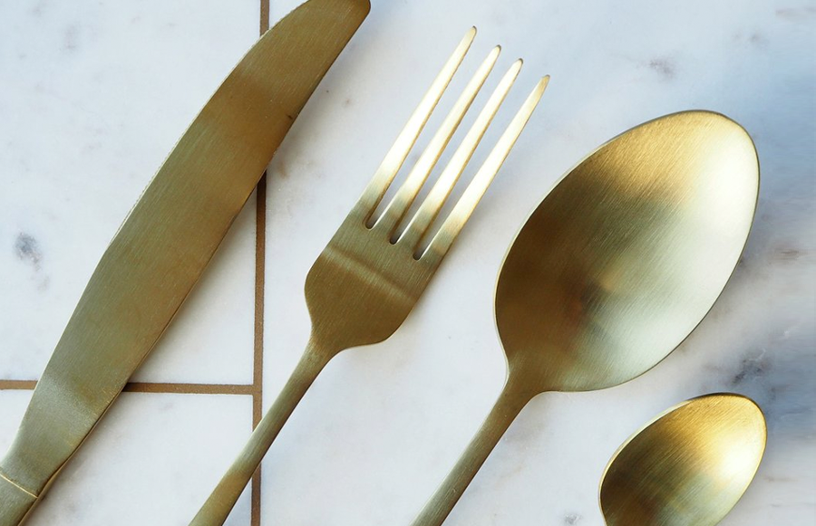 A 16 piece luxurious matte gold cutlery set - perfect to help you create a truly stylish table setting for your next dinner party.